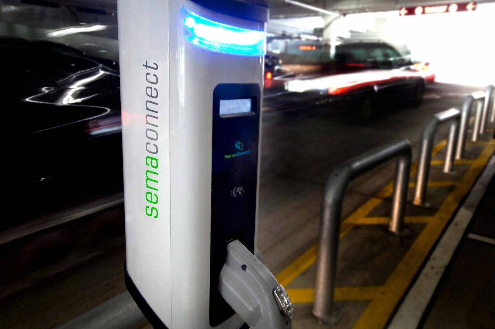 SemaConnect smart EV charging station