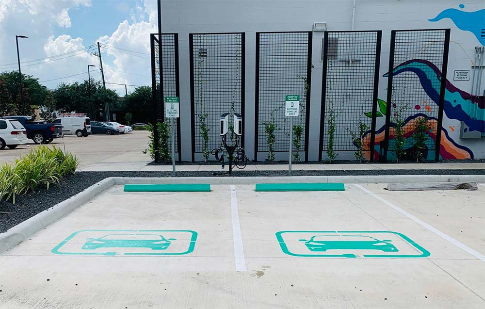 SemaConnect EV charging stations installed at 2101 Smith St in Houston