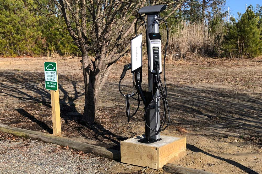 Deltaville's Regatta Point Yachting Center Installs New SemaConnect EV Charging Stations for Boaters and Tourists